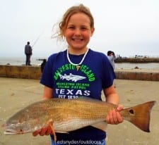 Ten yr old Hallie Paskiewic of Whitewright TX took this nice slot red on a finger mullet