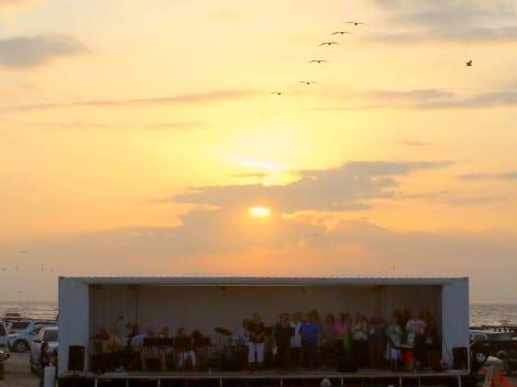 Easter Beach SON Rise Service