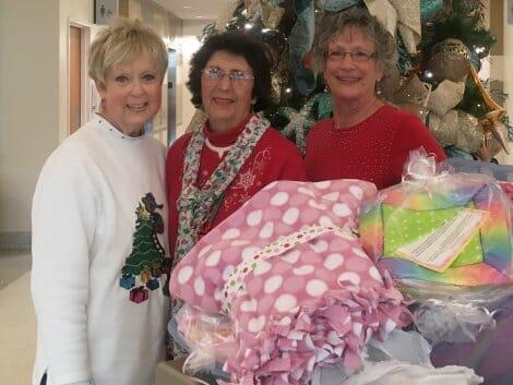 UM Women deliver Blankets
